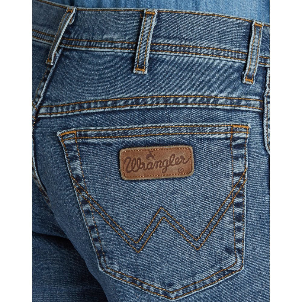 wrangler texas stretch regular fit jeans stonewash blue. Black Bedroom Furniture Sets. Home Design Ideas